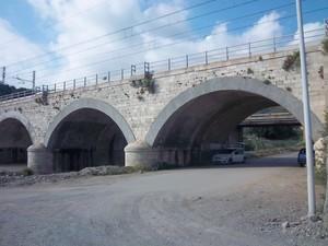 Il ponte ferroviario tra Acquappesa e Guardia Piemontese