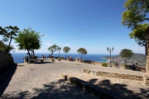 piazzetta belvedere San Costabile – Castellabate e benvenuti al sud