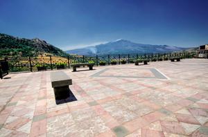Un balcone sull'Etna
