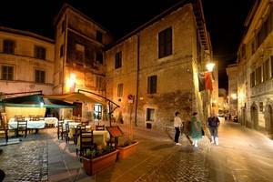 La Piazzetta dopo cena