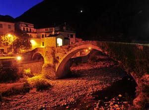 Ponte Santa Lucia di notte