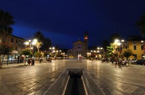 Piazza Menconi