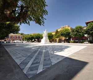 Piazza Ventisette Aprile