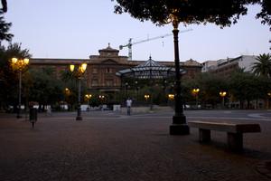 Taranto_ Piazza Garibaldi