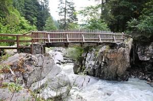 ponte delle cascate