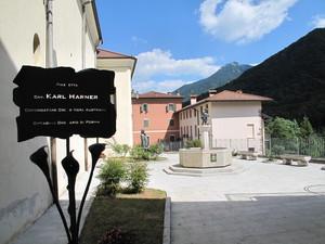 Piazzetta Cav. Karl Harner
