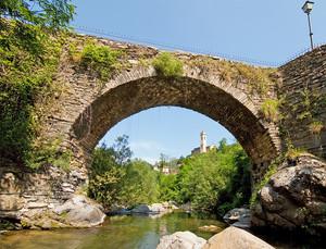 Ponte medioevale sulla Giara di Rezzo