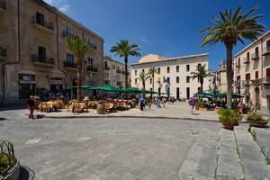 Piazza Duomo (2)