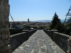 Dal castello al borgo