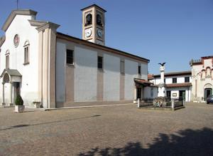 S. Giorgio in Prato e la piazzetta dei Caduti