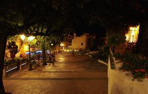 Cetara: piazza S.Francesco