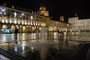 Dopo la pioggia in Piazza Castello
