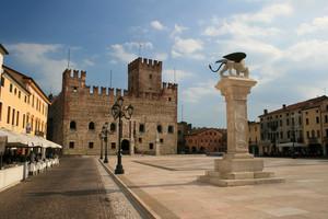 Piazza degli Scacchi (lato B)