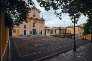 i ciottoli di Piazza San Nazario