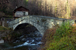 Uno dei ponti di Viù