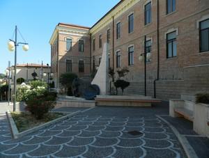 Piazzale Menichella