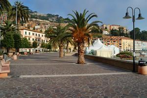 Piazza dei Rioni