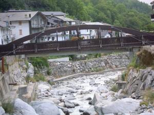 Ponte a Noasca