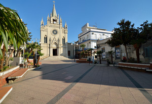 Piazza Sacro Cuore (2)