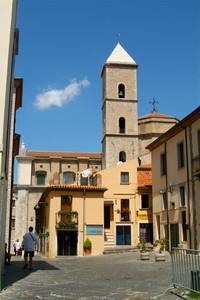 Di Lato alla Fiancata del Duomo