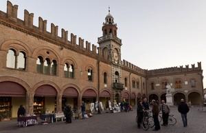 Piazza Guercino – Cento