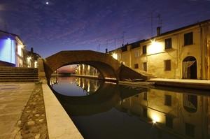 Ponte di Comacchio al tramonto
