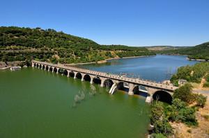 Un Ponte sul lago Omodeo