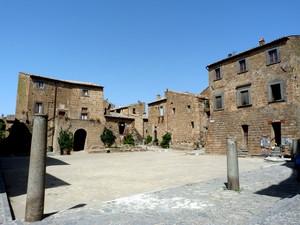 Civita – piazza San Donato