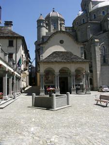 Re – Santuario e piazzale