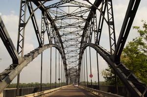 al centro del ponte