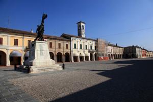 piazza XXIII Aprile