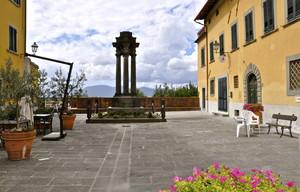 Piazza F. Carrara