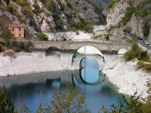 Ponte d'accesso all'eremo di San Domenico