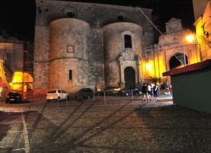 In Piazza Tribuna a Gerace