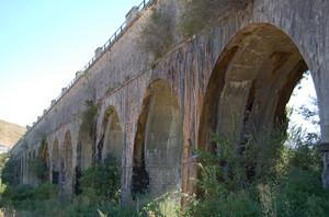 Atella(Pz), ponte dell'acquedotto.