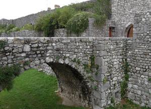 Ponte adiacente alla porta di San Genesio
