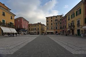 Che bella piazza Alberica!