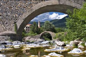 """"""" Da un ponte all'altro """""""