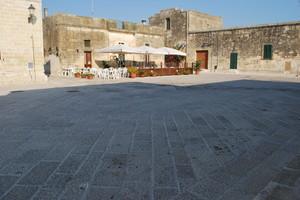 Largo Castello di Acaya