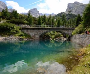 Un Ponte al Lago Fedaia