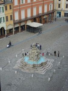 E' magnifica anche dall'alto la Piazza del Popolo