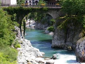Ponte sul fiume Sesia