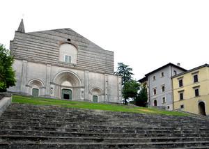 Pioggerellina estiva in piazza Umberto I