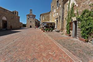 Piazza Pretorio di Sovana