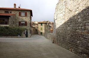 Largo Pace di Civitella