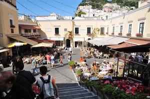 Piazzetta Municipio a Capri