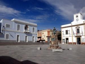 La piazza di Calasetta