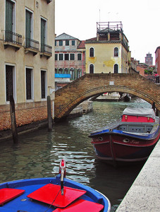 A Venezia ponti e barche