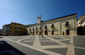 Piazza dei Martiri 2