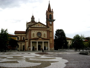 cislago piazza Enrico Toti